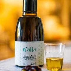 N'Alja Line: Ogliarola Salentina monocultivar extra virgin olive oil